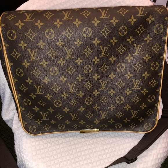 db3464cb5f74 Louis Vuitton Handbags - Louis Vuitton Abbesses Messenger Bag